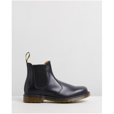 Dr Martens Women Unisex 2976 Smooth Chelsea Boots Black Smooth on clearance IGLTHVJ