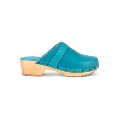 Women Free People Callum Clog in Blue. Leather New Style RUOW4276